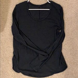 Lululemon dark gray long sleeve size 6